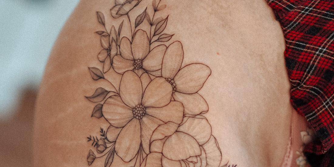Big flowers fineline tattoo